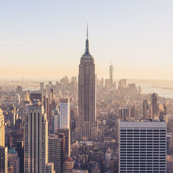 Advanced Purchase Offers at The Iroquois Hotel New York